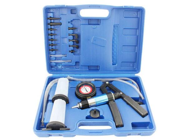 Прокачка и замена тормозной и гидравлической жидкости -1-4bar купить в Эстонии - 7x7.ee
